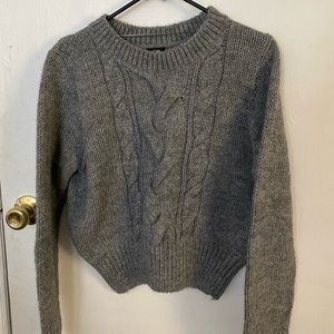 H&M crop cable knit crew neck gray size M